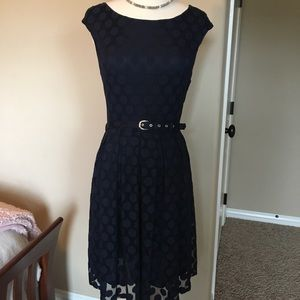 Navy blue dress w/fabric belt waist, size small